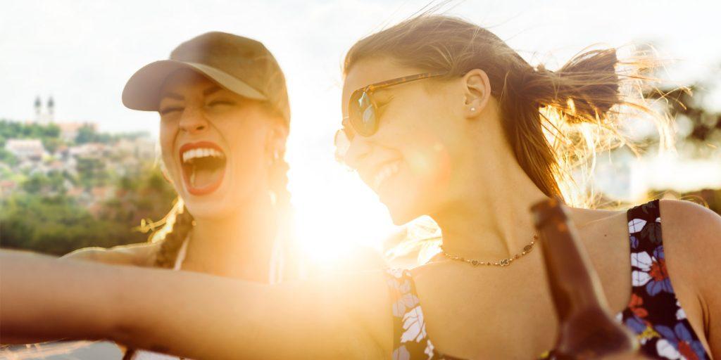Boldog lányok
